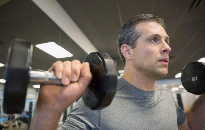 Levantar pesas con 40 años