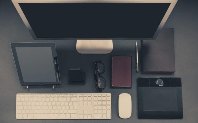 Todos los accesorios que debes tener en tu escritorio