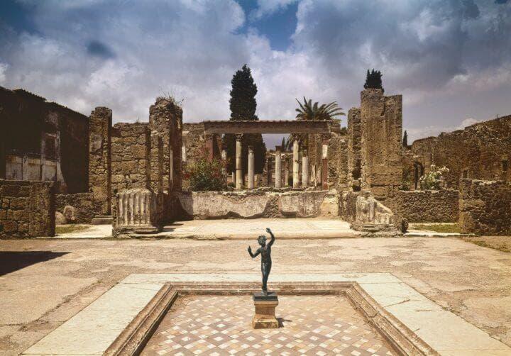 Los destinos turísticos italianos que debes visitar antes de morir