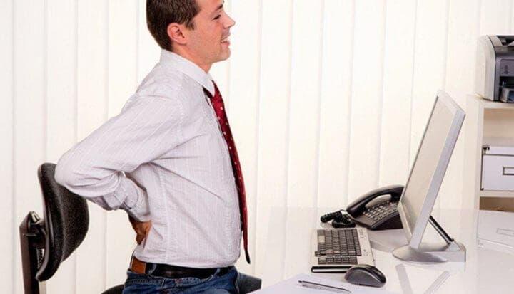 Entrenar con pesas ayuda a prevenir y tratar el dolor de espalda