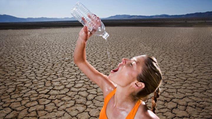 La guía de hidratación que necesitas si practicas running