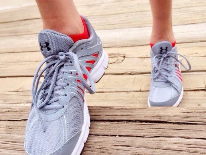 Caminar de manera diferente para activar tu cerebro