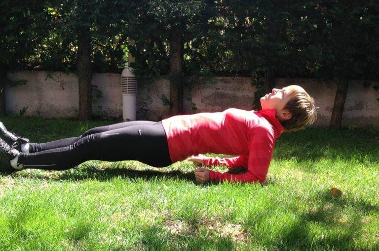 El mejor entrenamiento de abdominales que puedes hacer en el gimnasio