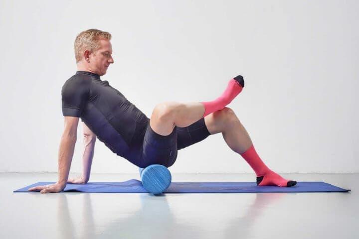 Uso del foam roller para liberar cadera y glúteo
