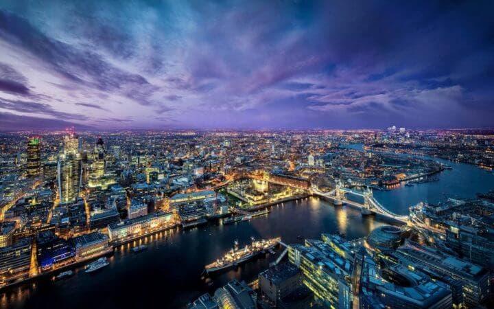 Horizonte de rascacielos en Londres