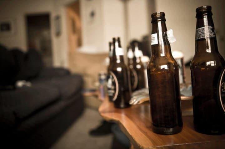 señales que pueden indicarte si sufres de problemas de alcohol