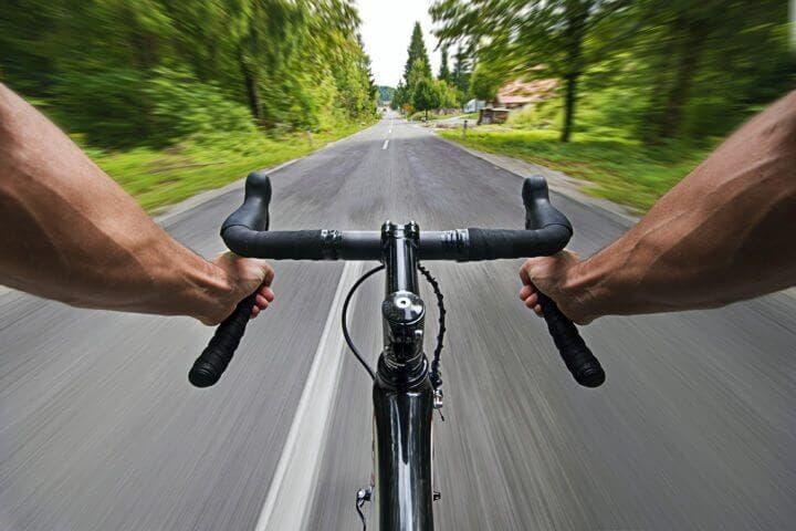 Agarre de manillar recomendado sobre la bicicleta