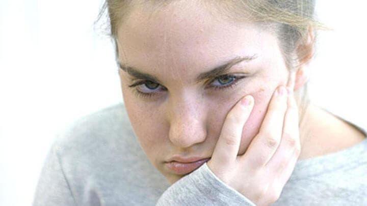 La falta de sueño causa irritabilidad