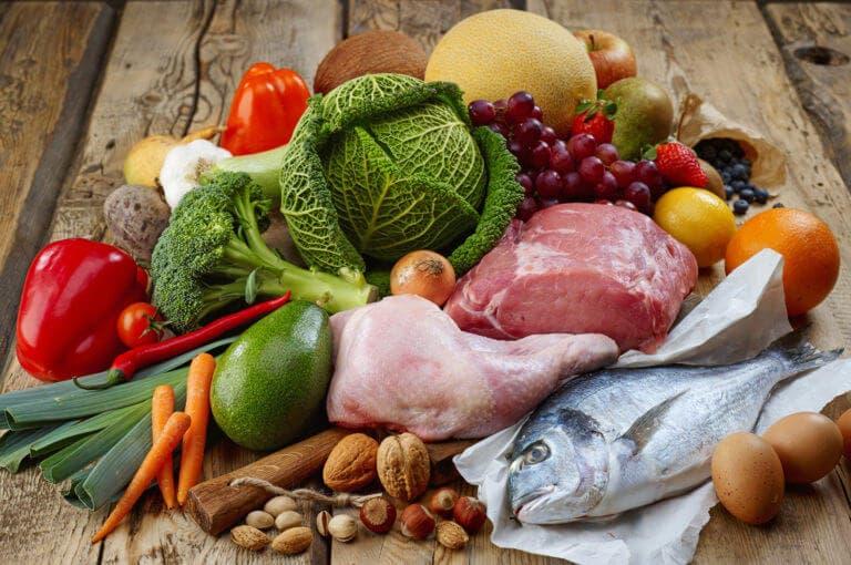 4 razones para que un deportista no siga una dieta paleo