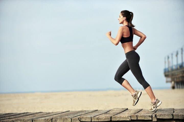 Cómo balancear los brazos al correr