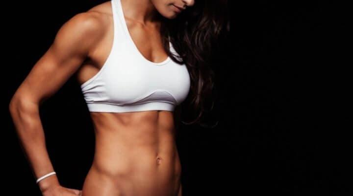 Lo que debes saber de la ganancia muscular en mujeres