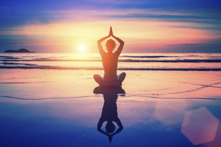 El yoga y el mindfulness van de la mano