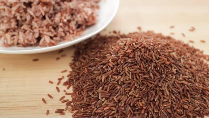 Cómo cocinar el arroz rojo