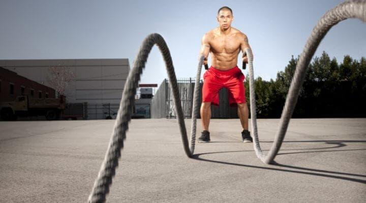 Ejercicios con battle ropes para definirse