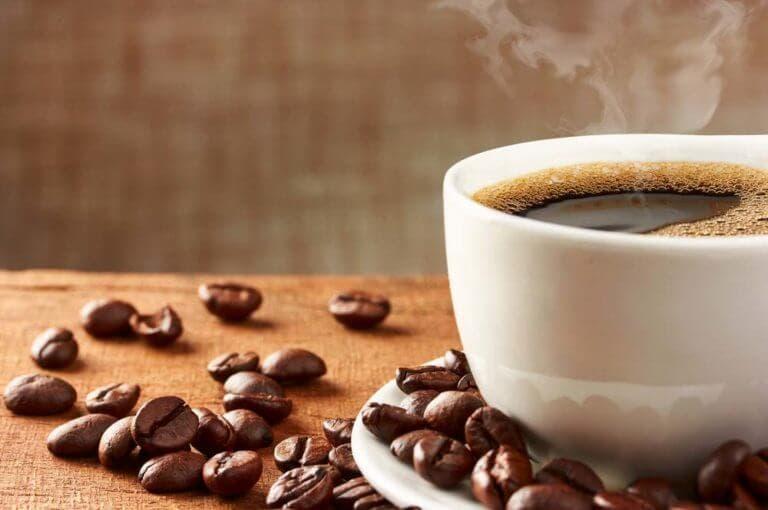 ¿la cafeína limita la absorción de hierro?