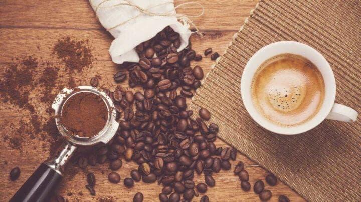 ¿La cafeína puede limitar la absorción de hierro?