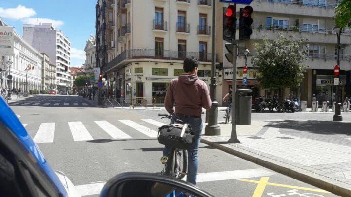 Los ciclistas sí respetan las señales de tráfico