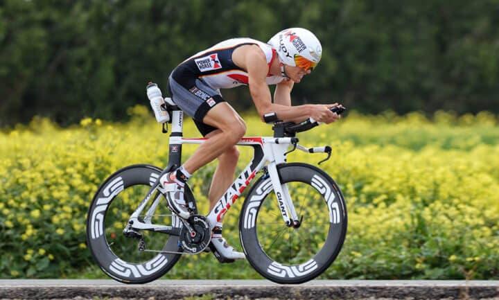 Entrenamiento de alta intensidad para adquirir resistencia aeróbica en ciclismo
