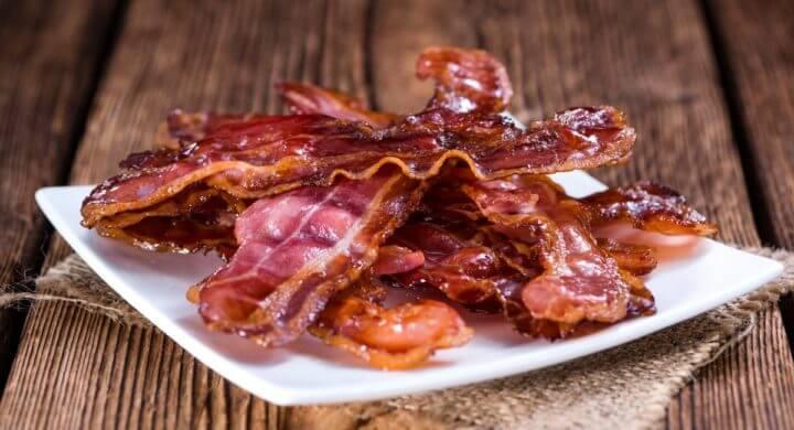 El bacon provoca deshidratación en el organismo