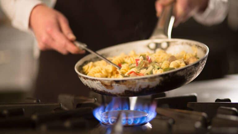 6 utensilios de cocina que te ayudarán a adelgazar