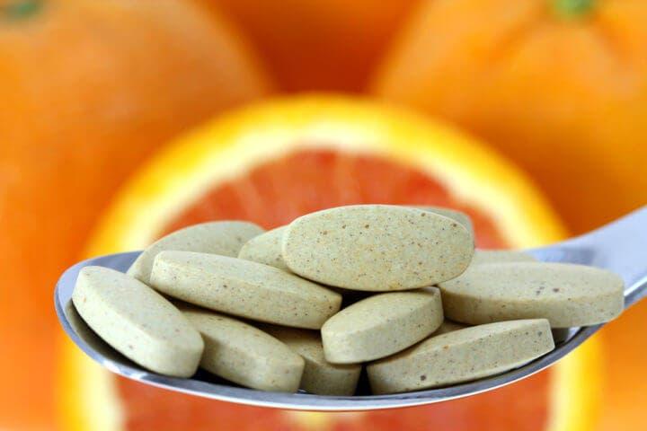 Síntomas de ingerir demasiada vitamina C