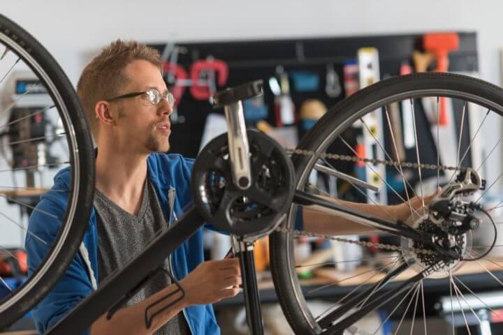 Utilizar las herramientas adecuadas para reparar tu bicicleta