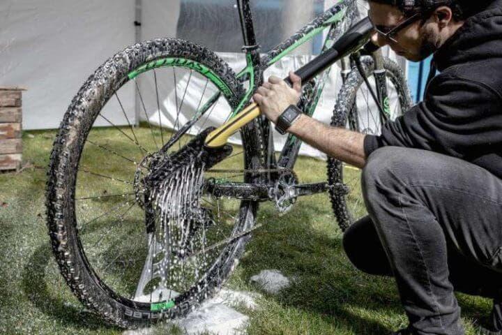 Cómo limpiar tu bicicleta correctamente