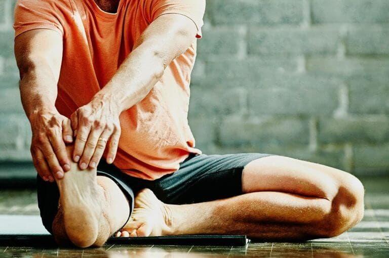 5 ejercicios para recuperarte de una lesión de rodilla