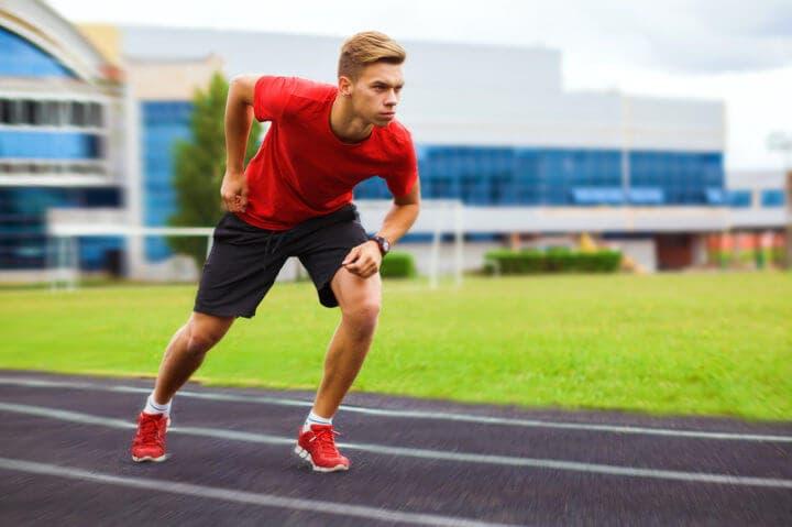 Ejercicios que cualquier runner debe hacer antes de correr