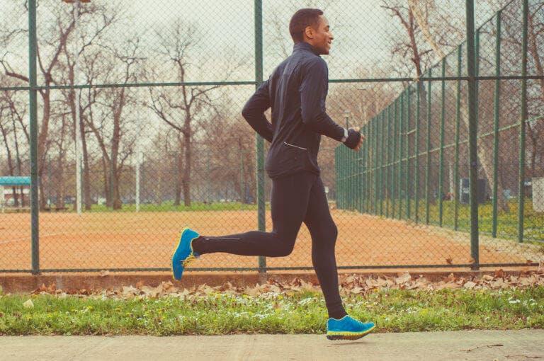 3 ejercicios de cadera que puedes hacer antes de correr