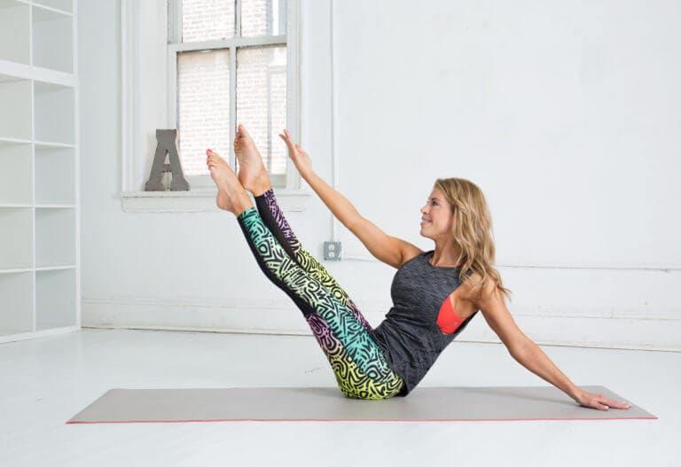 4 movimientos inspirados en Pilates que puedes hacer en cualquier lugar