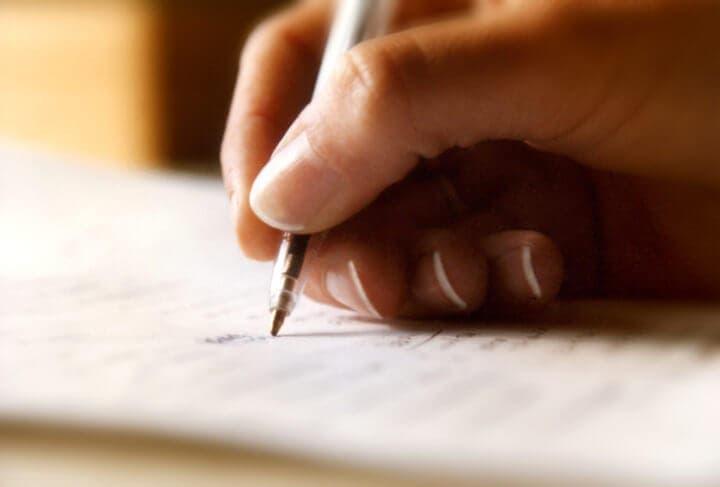 Escribir tus pensamientos para tomar mejores decisiones