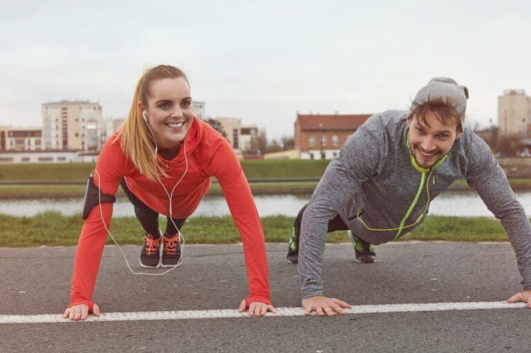 7 hábitos que todas las personas que están en forma siguen