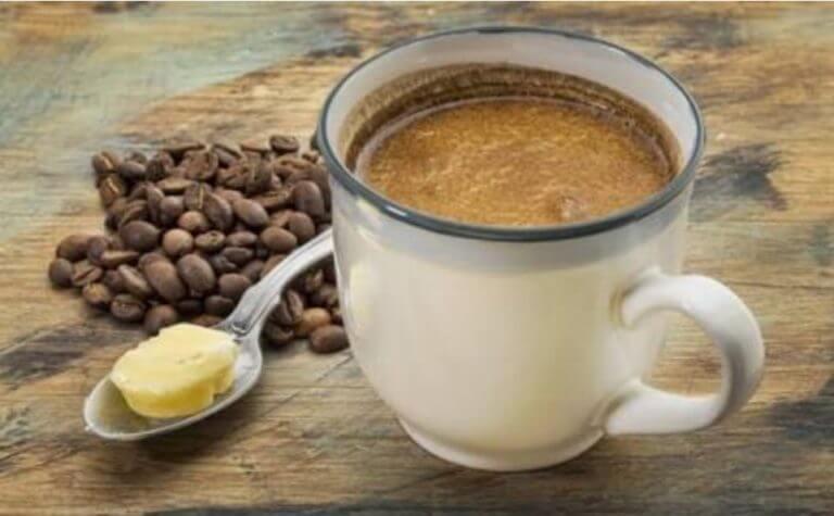 Por qué la gente toma el café a prueba de balas