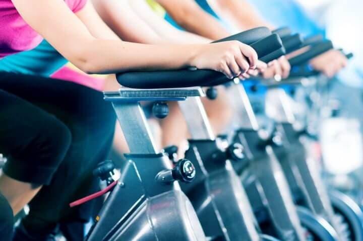 Rutinas de cardio para hacer en casa para ciclistas