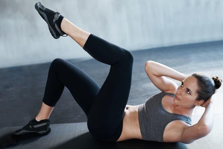 Cómo ejercitar los músculos oblicuos