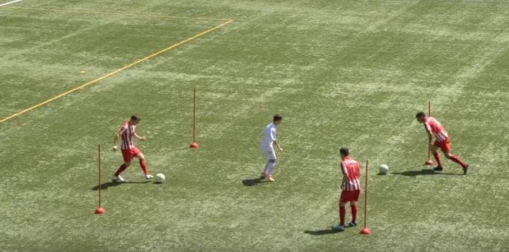 Cómo entrenar la triangulación de pases en fútbol