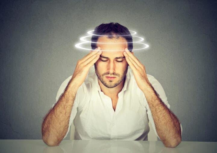 Sentirse mareado puede ser señal de deshidratación