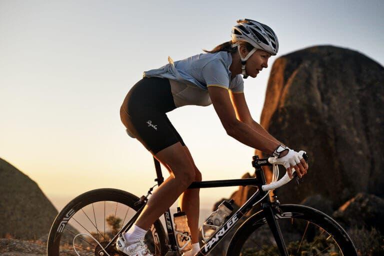 Desmontando mitos acerca del ciclismo femenino