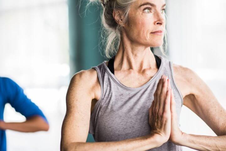 Las personas mayores necesitan más agua para preservar masa muscular