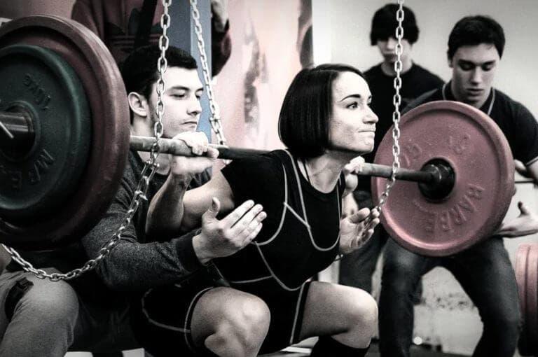 ¿se puede entrenar powerlifting y halterofilia a la vez?