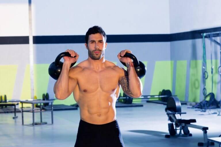 Las mejores triseries para construir masa muscular rápidamente