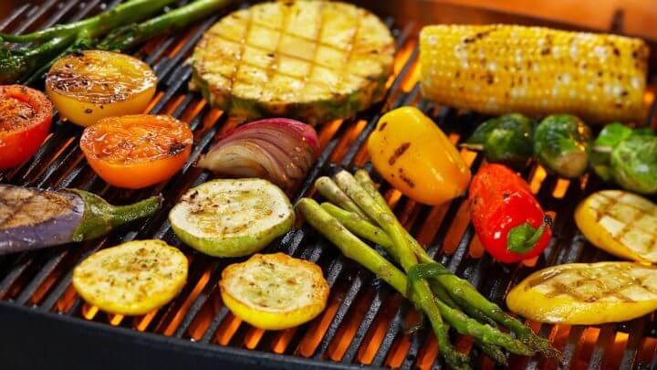 Forbered verduras a la parrilla aumenta su sabor