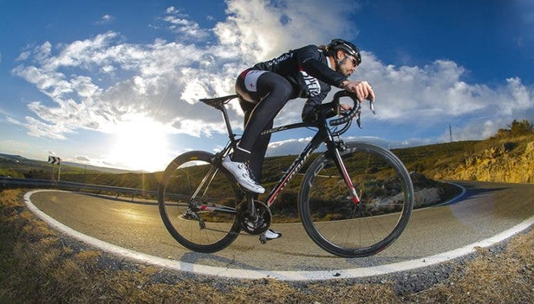 Cómo construir resistencia en ciclismo