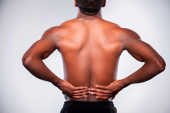 Dolor de espalda bajada causado por ir al gimnasio