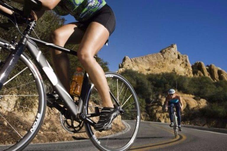 3 maneras sencillas de fortalecer tus articulaciones si practicas ciclismo