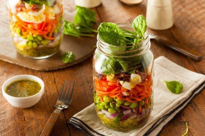 6 recetas de ensaladas en frascos Mason