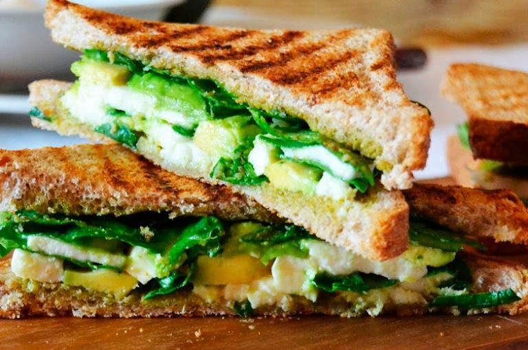 Cómo preparar sándwiches saludables y bajos en calorías