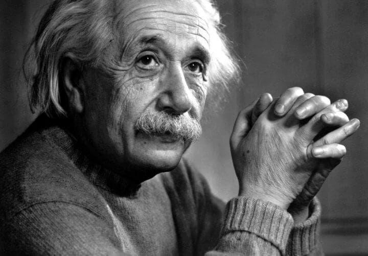 Extraños hábitos de Albert Einstein