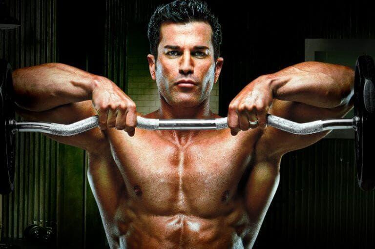 ¿qué factores determinan la frecuencia para entrenar con pesas?
